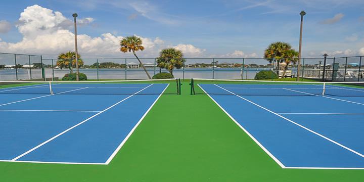 Sabine Racquet Club tennis courts