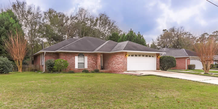 Home at 423 Twin Bay Manor for sale