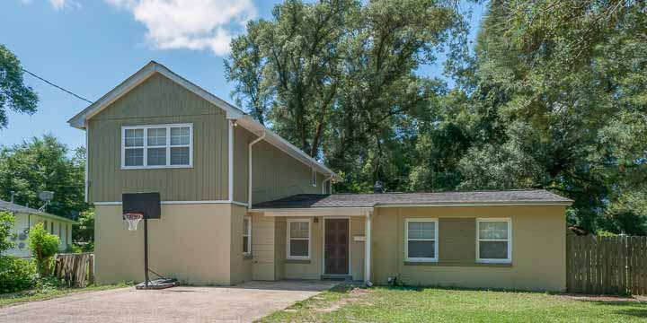 Home for sale at 5529 Lynwood Rd in Pensacola