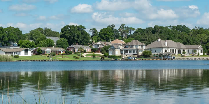 Waterfront homes on Bayou Texar in Pensacola FL