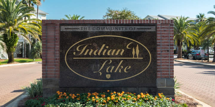Entrance to Indian Lake Condominium