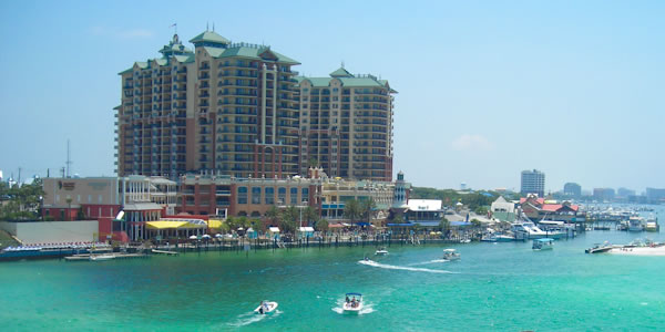 Destin waterfront condos and businesses