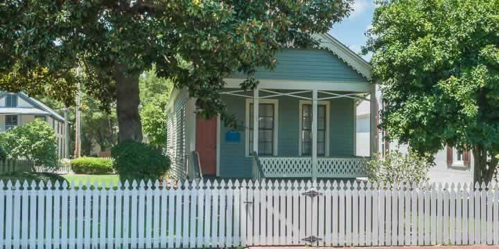Historic Pensacola Creole Cottage