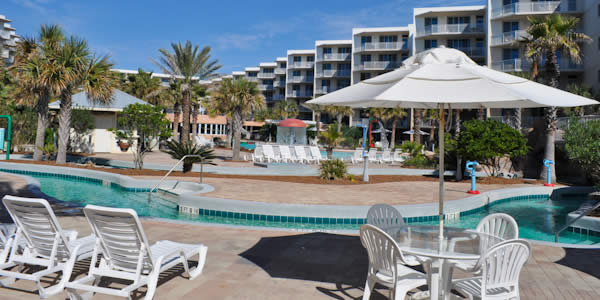 Pool at Beach Resort in Ft Walton