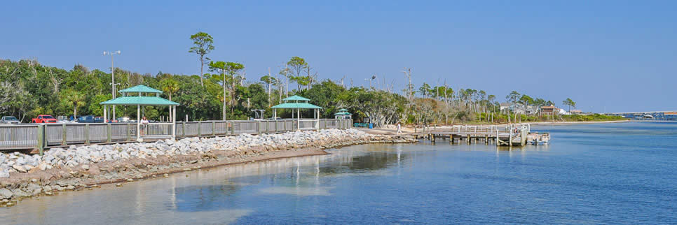 Waterfront recreation at Gulf Breeze Shoreline Park