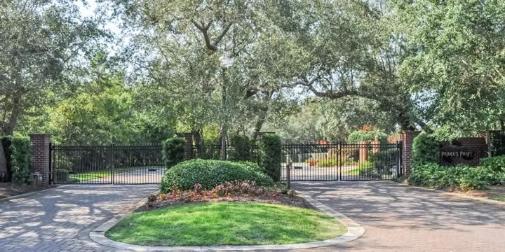 Peakes Point Gulf Breeze gated community