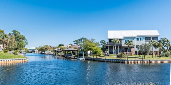 Waterfront homes at Villa Venyce in Gulf Breeze