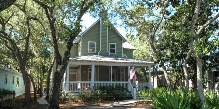 A cottage style house in Grayton Beach