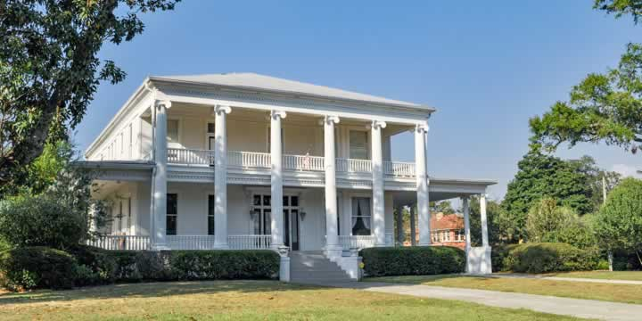 North Hill home with columns