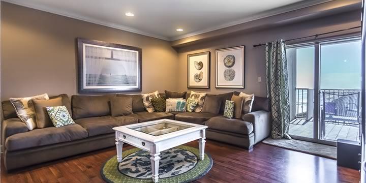 Living room at Sans Souci 708