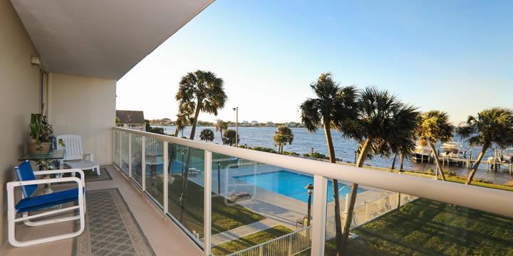Sabine Yacht & Racquet Club 2C balcony