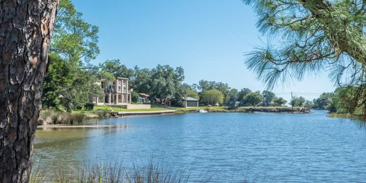 Waterfront homes in the Star Lake subdivision in Pensacola