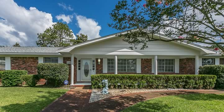 House for sale at 5184 Choctaw Ave in SW Pensacola