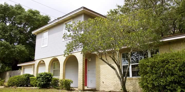 House at 702 Dubois Drive