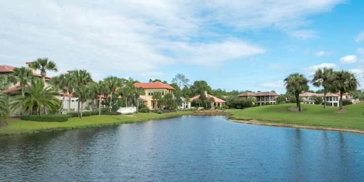Golf course homes in Sandestin
